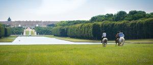Permalien à:A cheval dans le Parc du Château de Versailles